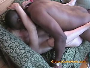 4 GRANNIES IN FILTHY VID AT HOME